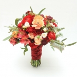 bridesmaids-bouquets-peach-burgundi-dreamflowerscom (2)