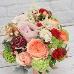 bridesmaids-posy-romantic-spring-wedding-dreamflowerscom (4)