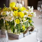 modern-narure-style-arrangement-spring-flowers-white-yellow-by_dream-flowers_dot_com-1