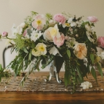 soft-flowers-low-lush-centerpiece-in-garden-style
