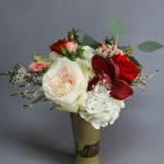 red-blush-ivory-chinese-wedding-reception-ensemble-set-pf-vases-centerpiece