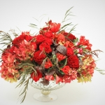 red-flowers-low-lush-centerpiece