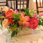www_dream-flowers_com-vivid-colors-low-centerpiece-coral-peony