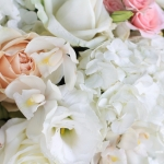 white-blush-golden-tall-centerpiece-wedding-flowers