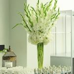 white-green-tall-wedding-centerpiece-gladiola-flowers