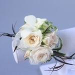 White-Cream-Apple-Red-Blush-Wedding-flowers-Sequoyah-Country-Club-wwwdreamflowerscom (25)