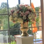White-Cream-Apple-Red-Blush-Wedding-flowers-Sequoyah-Country-Club-wwwdreamflowerscom (31)