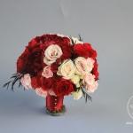 White-Cream-Apple-Red-Blush-Wedding-flowers-Sequoyah-Country-Club-wwwdreamflowerscom (6)