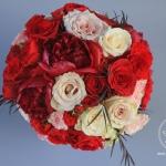 White-Cream-Apple-Red-Blush-Wedding-flowers-Sequoyah-Country-Club-wwwdreamflowerscom-10