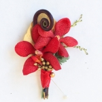 white-red-gold-wedding-flowers-114