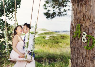 Engagement photo session Swing with blooms