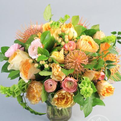Vase flower arrangement Terrace Sun