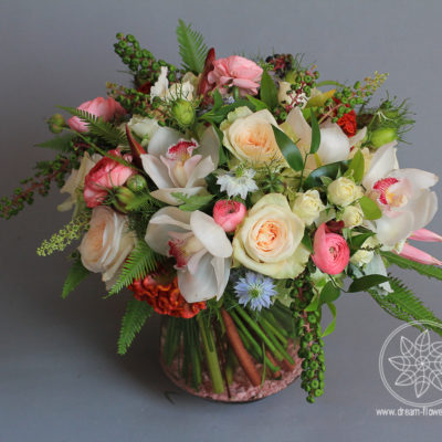 Everyday arrangement garden roses, orchids, ranunculus