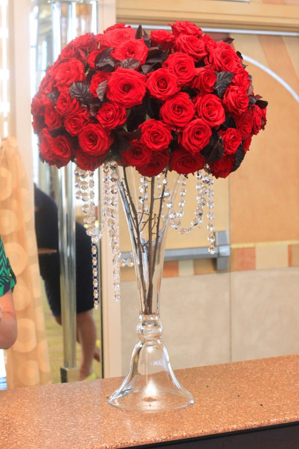 modern red roses tall centerpiece