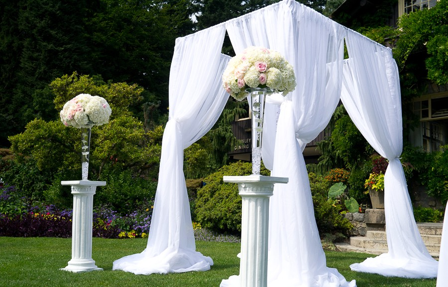 Wedding Ceremony Inspiration: Classic Chuppah