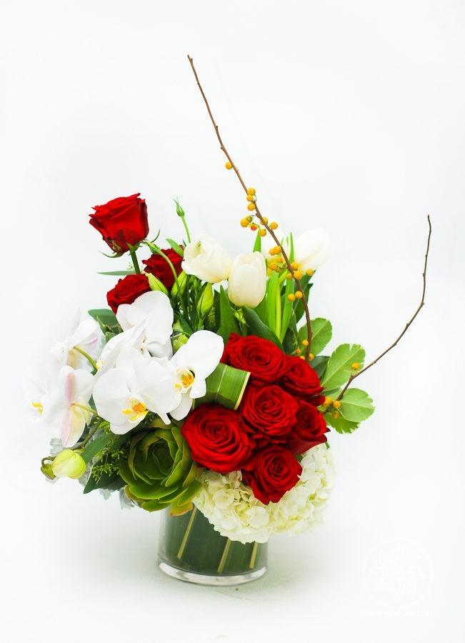 Valentine Day flower arrangement Dreaming Beauty: