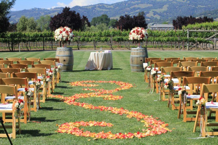 real_wedding_winery_charm_www_dream-flowers_com-16.JPG
